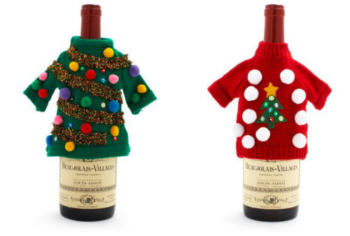 laughingsquid:  Ugly Christmas Sweaters For Your Wine Bottles  Cute.  And I like that it's a bottle of Beaujolais.