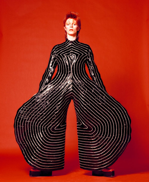 Bodysuit by Kansai Yamamoto (via David Bowie is…/ : Schön! Magazine)