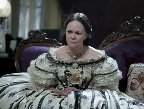 Michelle Dean reconsiders Mary Todd Lincoln, and explains why Sally Field was perfect for the role in Spielberg's film: http://nyr.kr/10oHfWa
