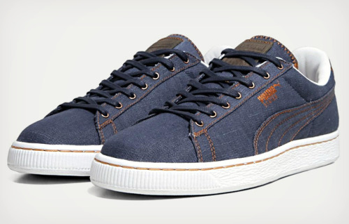 wantering:  Puma States Denim Pack Shoe   I have these shoes lol I love em