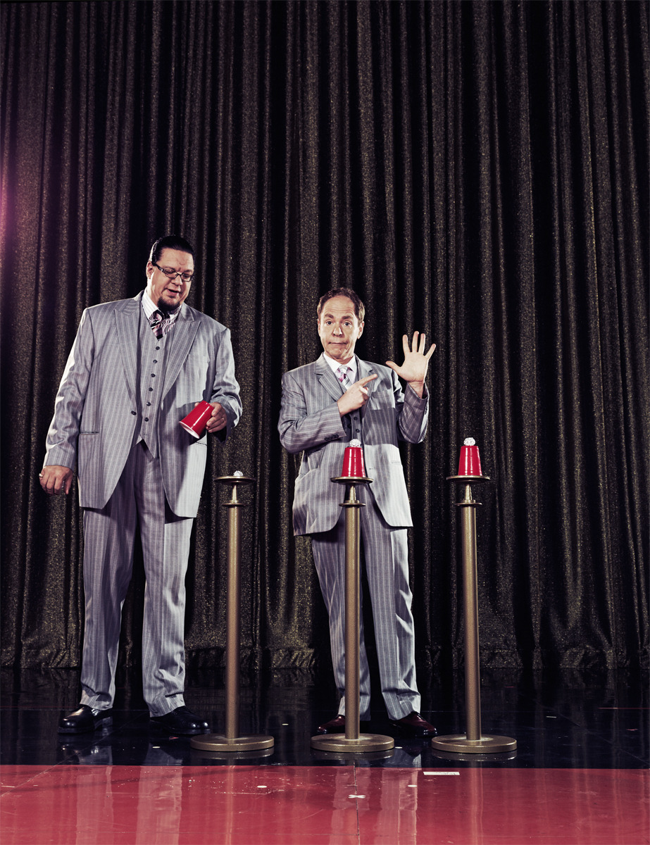 Penn & Teller by Ramona Rosales for Harrah's Casinos www.ramonarosales.com