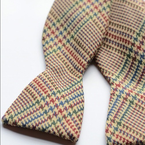Metro Retro wool bow tie