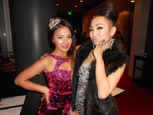 Ji Hae and Natsuko pose for the camera