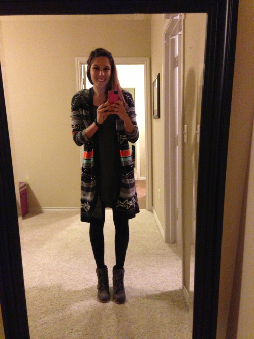 Long cardigans are an essential fall fashion piece. I paired this tribal one with neutrals because its such a statement maker. Have a good night fashionistas and fashionistos!