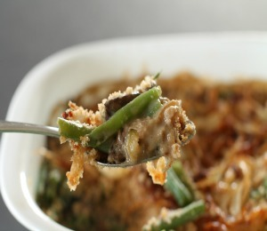 findvegan:  Vegan Green Bean Casserole  I made this for Thanksgiving :D