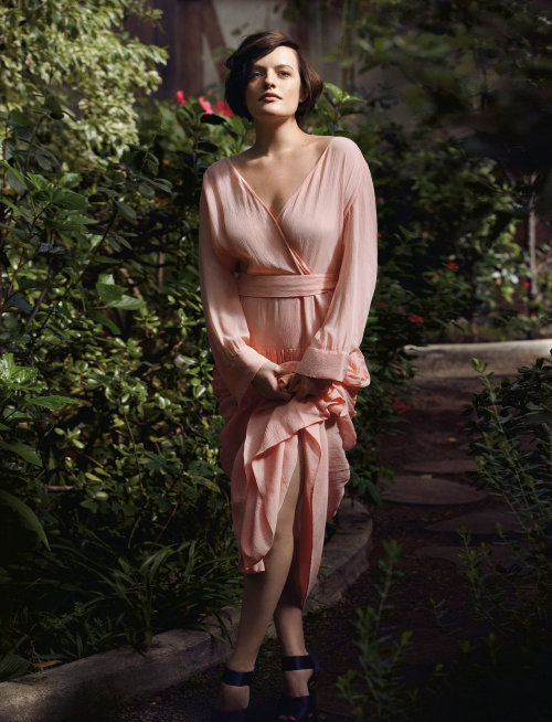 tmagazine:  Peggy Olson turns bohemian: we style Elisabeth Moss in a flowy dress by Louis Vuitton.(Photograph by Todd Cole.)