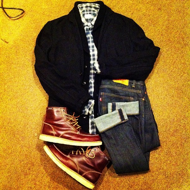 #ClubMonaco Linen Blazer, Cardigan, and plaid shirt. #Selvedge York #Levis. #Eastland boots. #menswear #streetwear #wiwt #ootd #fashion