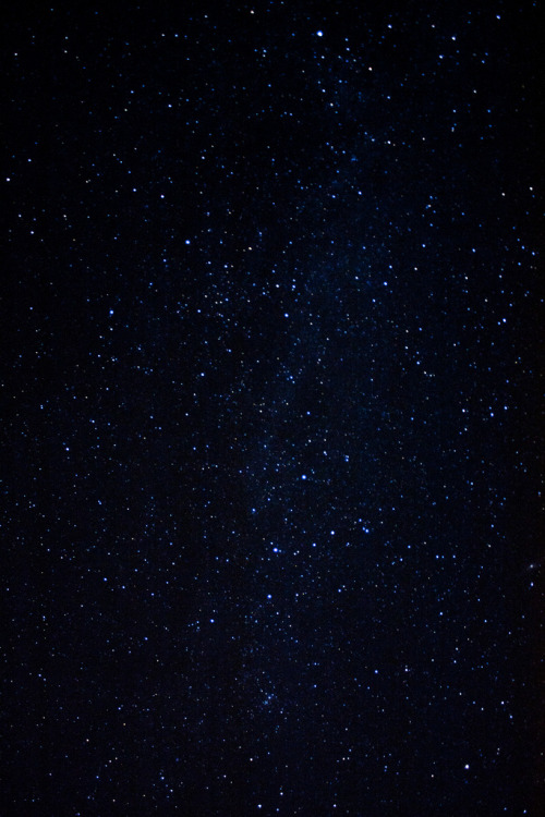 galaxyshmalaxy:  Stars above Snowdonia (by johnnyt42)