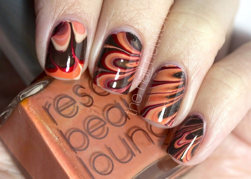 kasnailsandsuch:  Shades of autumn water marble.