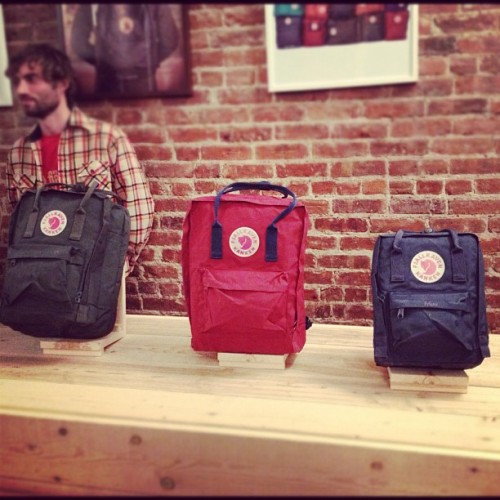 The Kånken bar (a la denim bar) @FjallravenUSA's Pop-Up at 21 Howard St in #SoHo. (at Fjällräven Pop Up Shop)