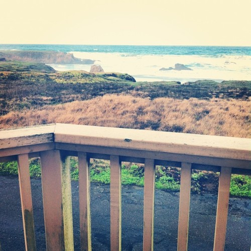 Not a bad way to wake up in the mornings. #fortbragg #ca #cali #sea #ocean #coast #nature  (at Fort Bragg, CA)
