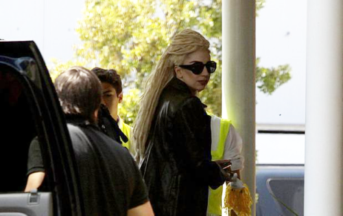 ladyxgaga:  A picture of Gaga arriving at her hotel in Peru sporting some new dreadlocks.