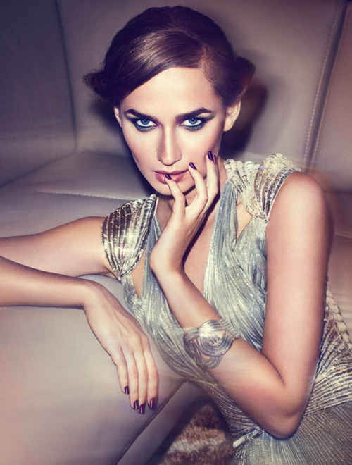 opaqueglitter:  Evgeniya by Jesús Alonso for Madame Figaro in'The Glam Life' More from this shoot