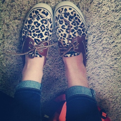 Feelin' catty #sperrytopsider #leopardprint #meow #shoes