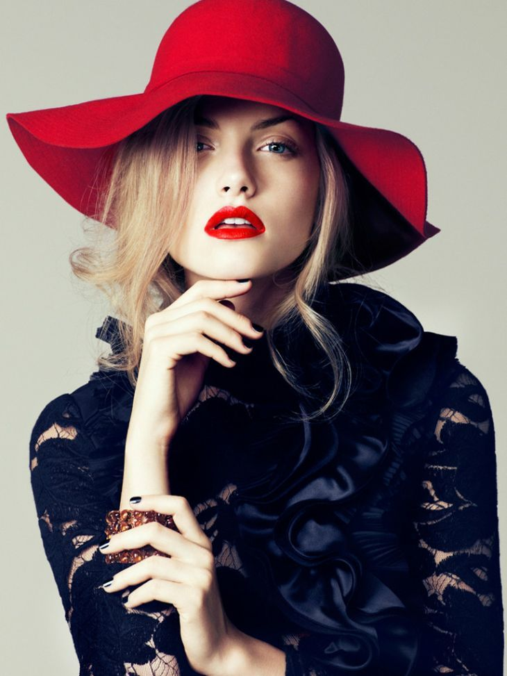d-elicatebeauty:  Emma Maclaren for Sure Korea December 2011