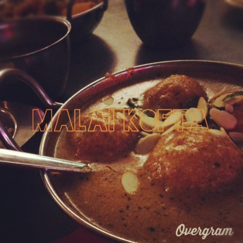 I put text on this photo with @Overgram #Overgram. Pretty cool app! The kofta was decent.  (at Jackson Diner)