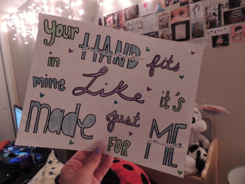 w-r3ckthis:  Little Things c: