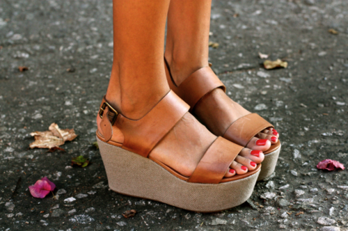 violacciocca:  surrealparadis:  willowmagazine:  violacciocca: perf shoes  wowww
