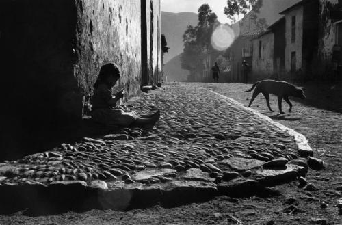 elisebrown: The Inca Empire Sergio Larrain 1960