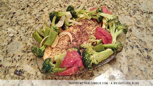 Dinner: Seabass w/ roasted tomatoes, broccoli, green pepper, onion, herbs & spices, extra virgin olive oil. Had to squish all the veggies on the platter because it didn't fit, LOL. The platter was in the shape of a fish too :3 I was feeling festive!