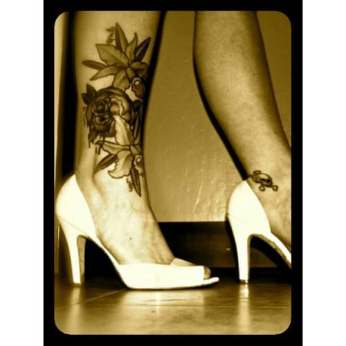 Fancy #morganhill #zlounge #houseofpain #tattooed #modified #art #2011 #loveit #loveyourskin #loveyourbody #heels #aldo #sexy #love #meaningful #iloveyou