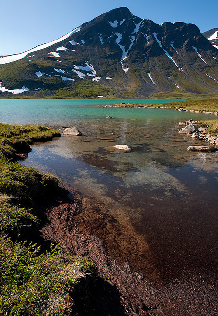 visitheworld:  Glacial lake in Sarek National Park, Lapland, Sweden (by Johan Assarsson).