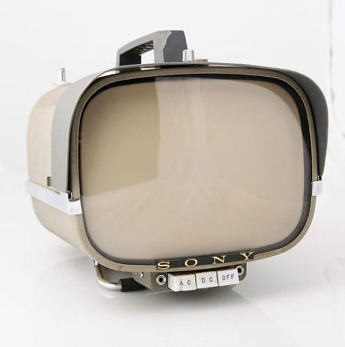 parislemon:  wasbella102:  Vintage Sony 8-301W Portable Transistor TV  Apple TV prototype.