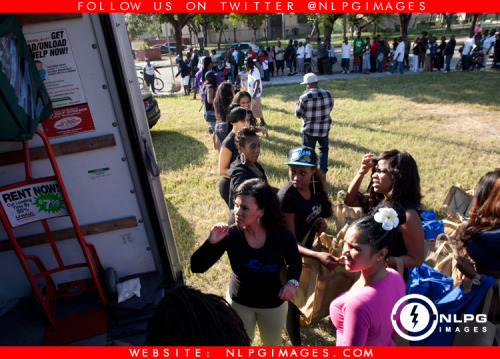 "Thanksgiving drive in Overtown with Miss Kimmy of WEDR 99 Jamz, Antonio Bryant and the G5ive staff, Larry Dogg,  Maybach Music Group Family, and 4 Life Ent and more… NLPGimages ""We're Everywhere You're Not"""