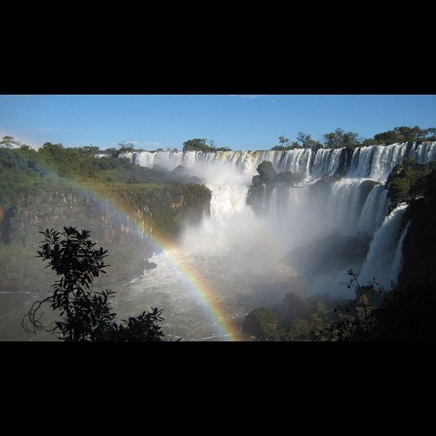 Puerto Iguazu. August 2008. These waterfalls lie on the border of #Argentina #Brazil & #Paraguay . This was Paradise on Earth. #tbt #nofilter #puertoiguazu #waterfalls #beach #landscape #nature #instagramnyc #backpacking #travel #southamerica #ilivedonehellofalife #thankful #happythanksgiving