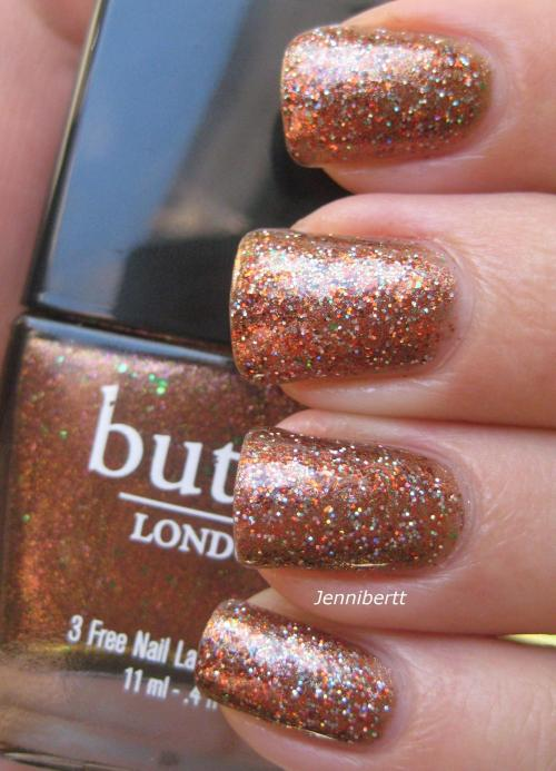 jennibert:  My thanksgiving nails http://jennibertt.blogspot.com/