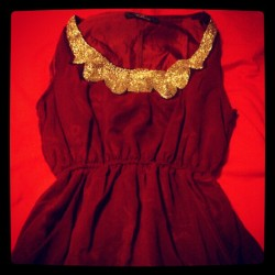 Vestido rojo de Rare London #dress #gold #fashion #dresses #style #red #trend #moda #vestido #women #nice #cool #party #beauty #elegant #luxury #clothes #shopping