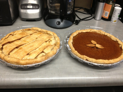 So proud of my pretty pies!! Happy Thanksgiving!