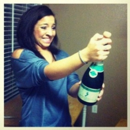 Ok we poppin' champagne like we won a championship game!! ;) #cheers #goodday #scared  (at nikki's house!)