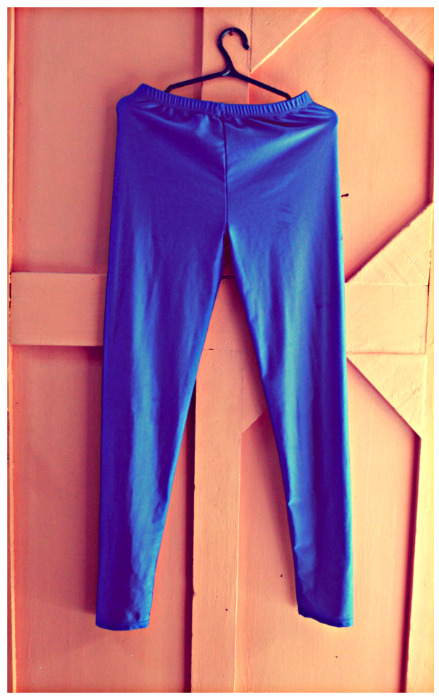 FOR SALE BLUE METALLIC LEGGINGS 200PHP VISIT: http://www.facebook.com/pages/Java-Fashion/156284611059799