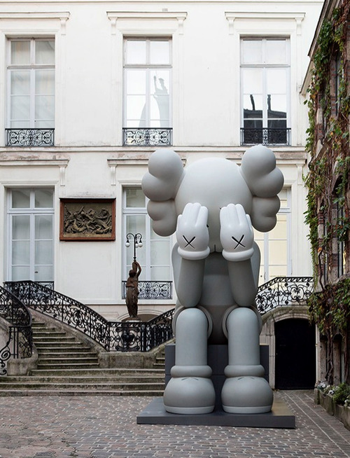KAWS Passing Through Companion