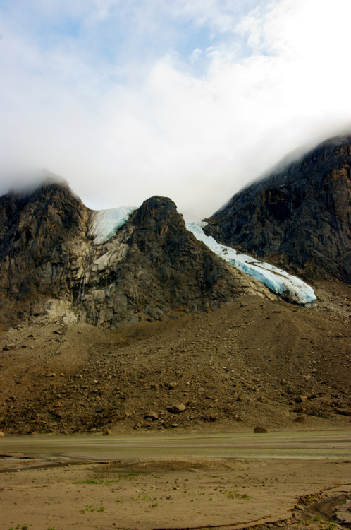cillium:  Glaciers across from Windy Lake (by p_mccomiskey)