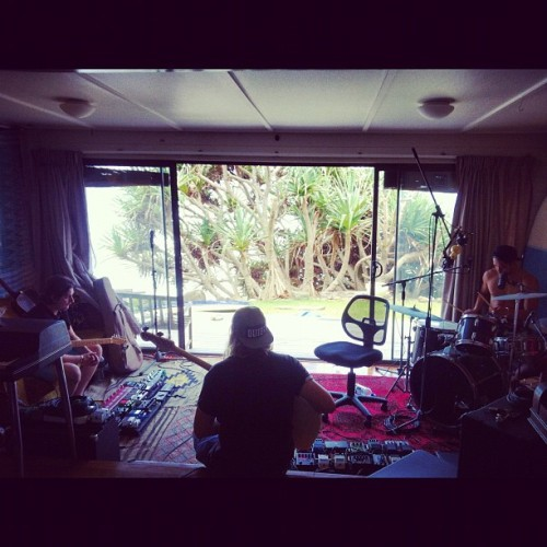 Not a bad place for a studio. #tempertrap #byron  (at Belongil Beach)