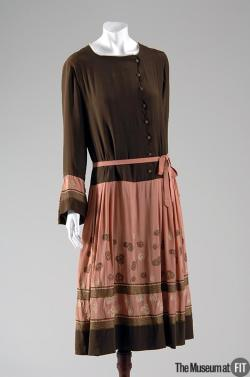 omgthatdress:  Afternoon Dress Paul Poiret, 1920 The Museum at FIT
