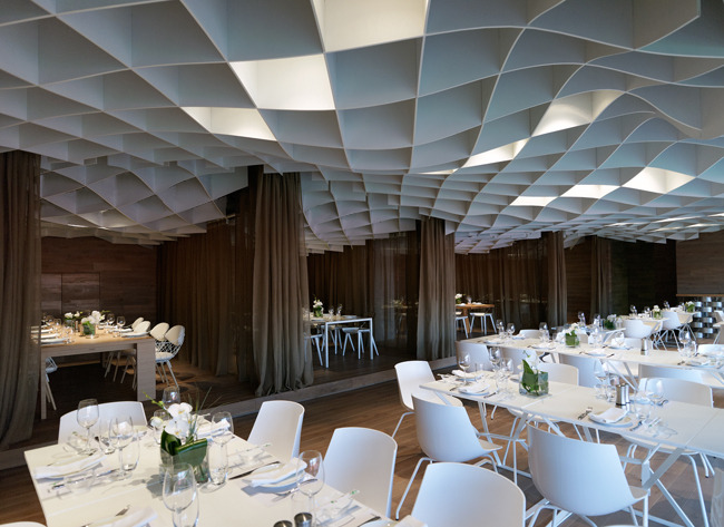 V'ammos Restaurant by LM Architects See more:  http://www.archdaily.com/296612/vammos-restaurant-lm-architects/