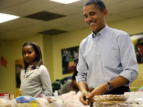 politicalhouse:   President Barack Obama Thanksgiving 2012 menu: Read what the First Family ate for Thanksgiving   Oyster stuffing and huckleberry pie are two items on the Thanksgiving menu for President Barack Obama and his family, friends and staff at the White House Thursday.  Read More  Our president really is Black, man…
