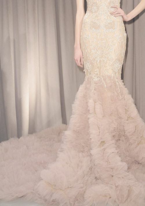 wink-smile-pout:  Marchesa Fall 2011 Details