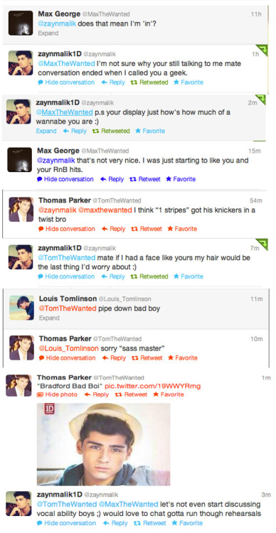 paulways-watching-1d:  Twitter war: Zayn and Louis V Tom and Max  Lmfaooo this was sooo funny