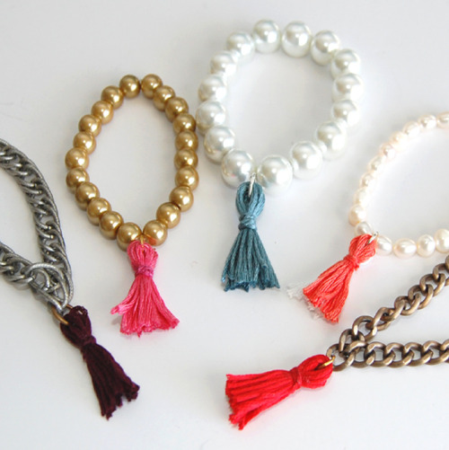 DIY Super Easy Beaded Tassel Bracelet Tutorial from Studs and Pearls here. This is such a good easy project that kids could help or do the whole thing themselves. I'm posting lots of quick and easy gifts right now on two of my other blogs.