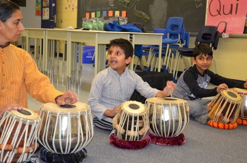 torontotablaensemble:  Tabla and Kathak Dance Classes in Brampton Celebrated Tabla master Ritesh Das and renowned Kathak artist Joanna de Souza bring the finest in Tabla and Kathak training to the Brampton community.  With depth of knowledge, artistic virtuosity and commitment to traditional learning, Brampton can now have access to studying Indian classical percussion and dance at the highest artistic level with performance opportunities.