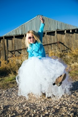 Above is an example of a custom tutu order. POOFYTUTUS are big, fluffy, and ready to prance around in straight out of the wrapping. They are perfect for parties, dress-up, dancing, photo shoots or rainy days. ORDER
