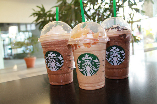 craving for starbucks :<