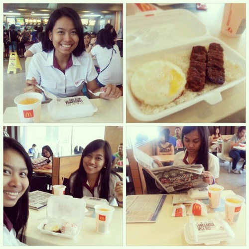 11.24.2012 #McDo #breakfast with @mushroomkaboom! :D #longganisa #juice #2012 #collage #mandy #ija #KB #KC #photoblog #memories #blog #mcdonalds #espanya #5AR-2 #morning #UST #friends #bonding #4pics #;) (at McDonald's)