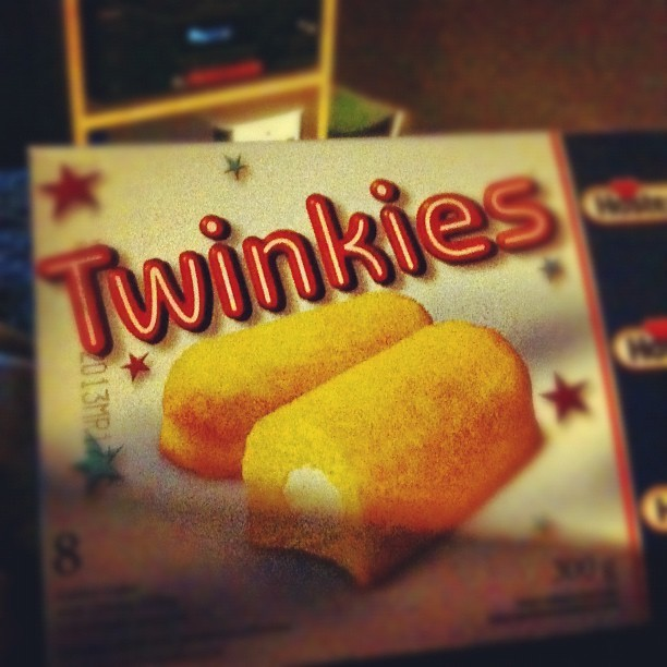 First time trying twinkies. Pretty good haha. #walmart #twinkies #instagood by josfarmer http://instagr.am/p/SZp_V6MmoN/