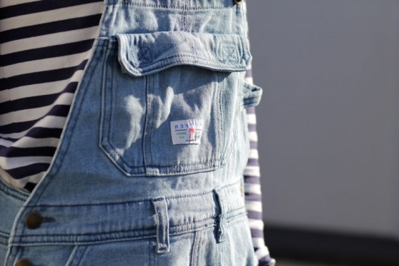 prettyouth:  I have a striped shirt like this, I just need my denim overalls ((sigh))