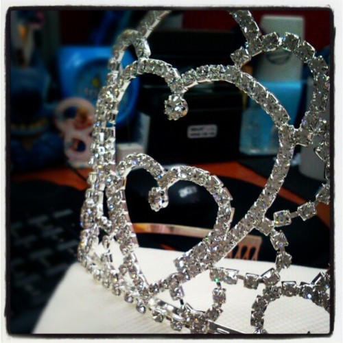 The Tiara for our FUTURE Ms. PEPPER LUNCH 2012. Sino kaya? :) good luck girls. May the best gal win! ;) #contest #tiara
